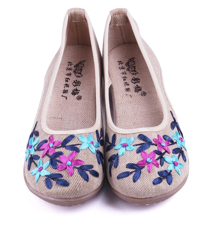 彩梅北京布鞋产品展示